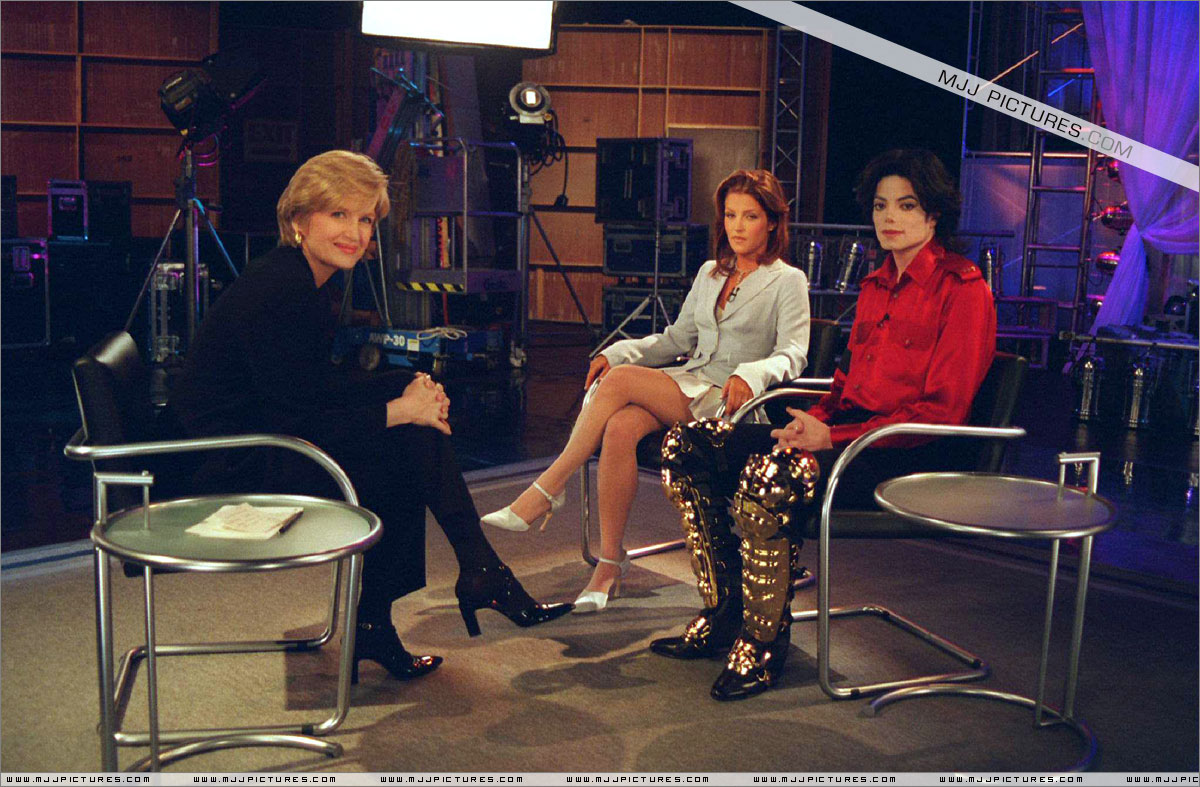 http://4.bp.blogspot.com/-YbPfT9qVRN8/T8FJdrk4tBI/AAAAAAAAHjM/IQeL9UItTHU/s1600/michael_jackson_interviews_primetime_june_1995.jpg