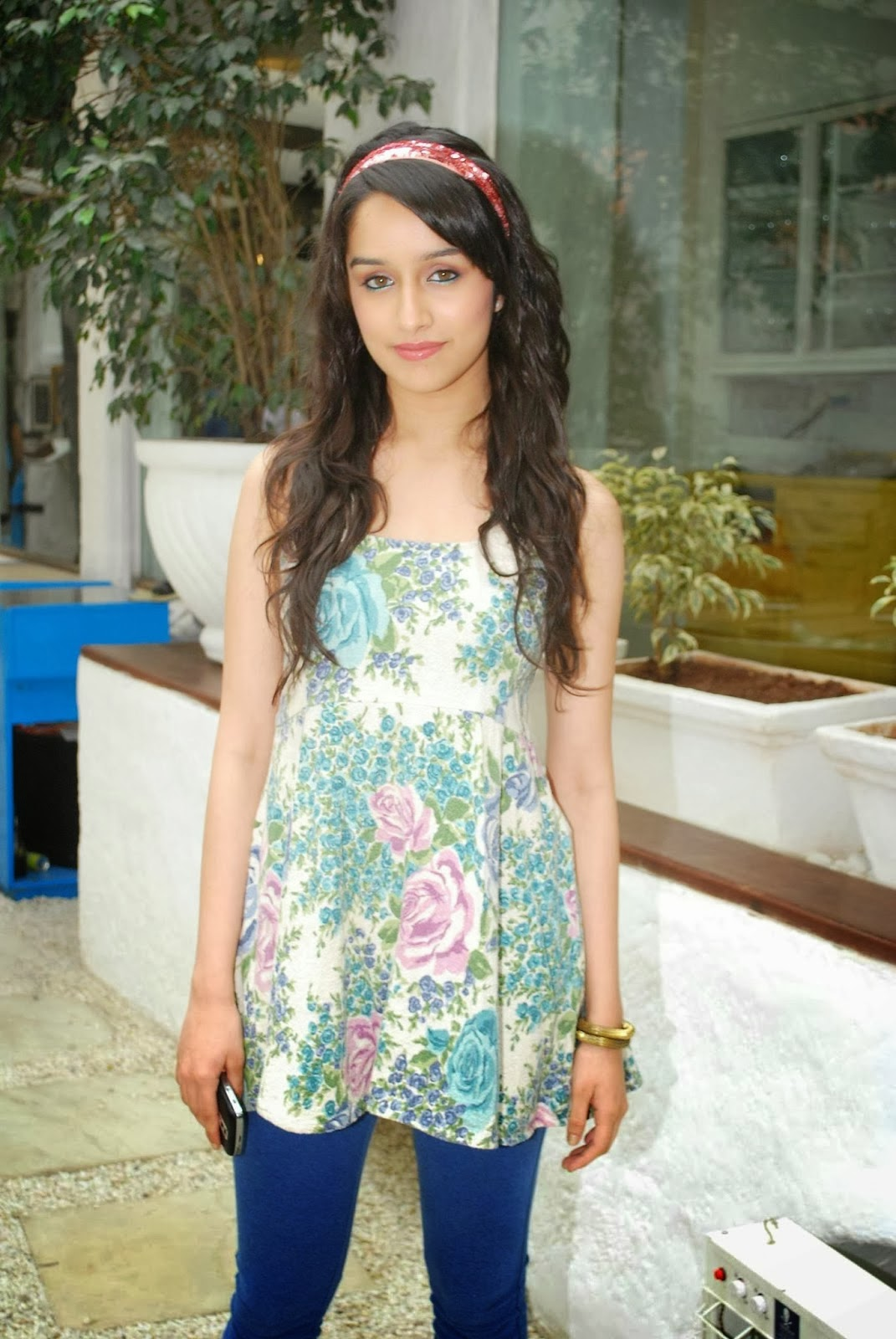 Shraddha+Kapoor+Latest+Hot+Spicy+Pictures002