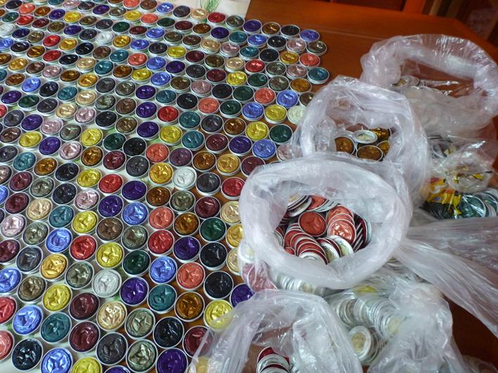 Cosas de mis abuelas cortina de capsulas nespresso - Que hacer con capsulas nespresso ...