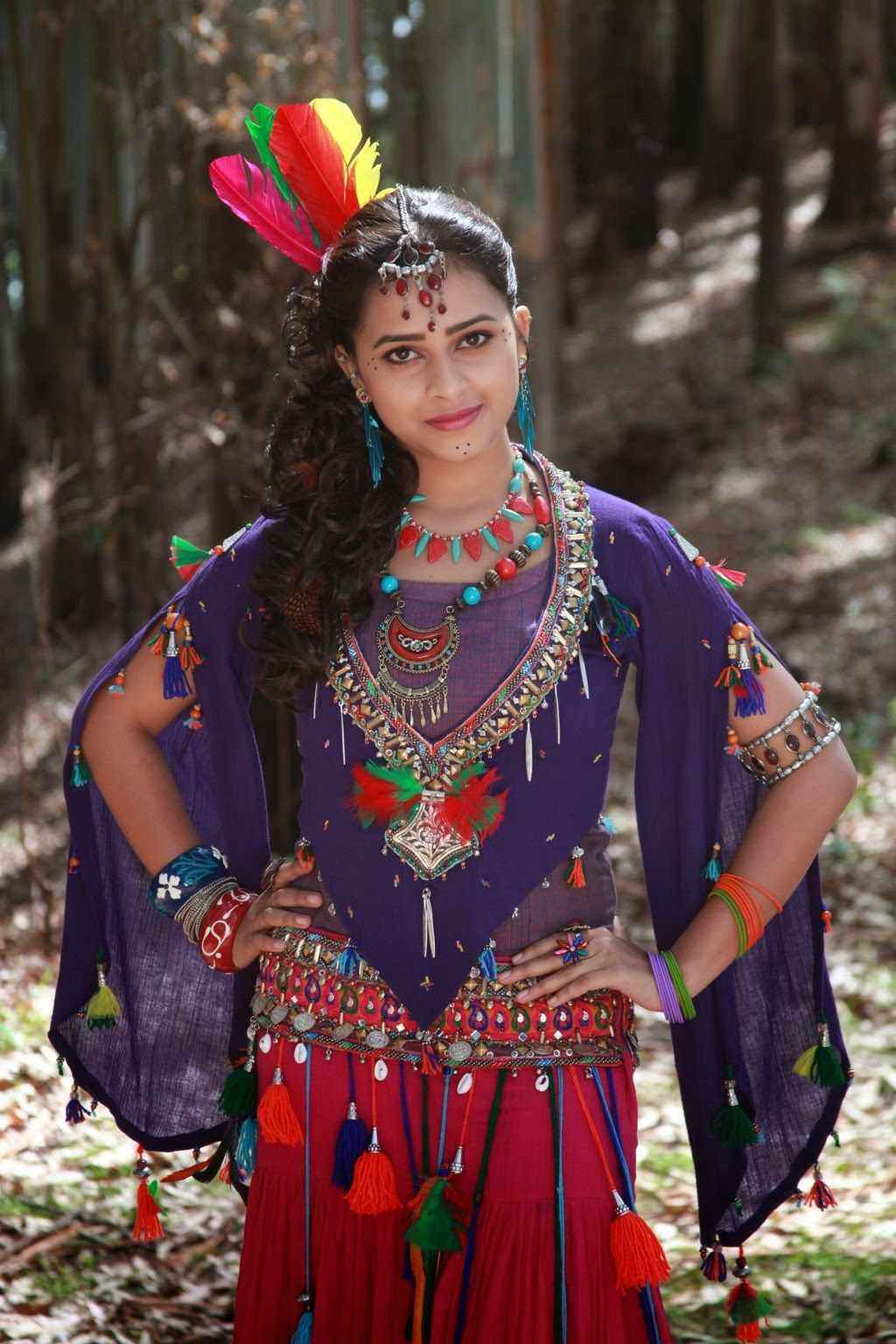 Sri Divya latest glamorous photos-HQ-Photo-14