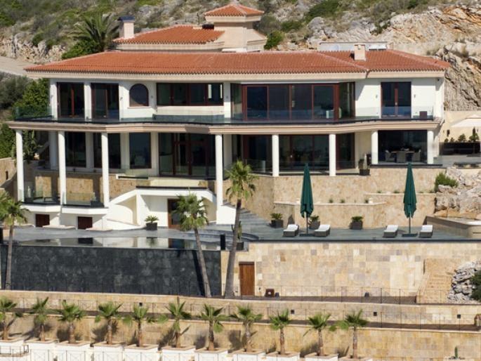 Locations vacances en espagne s jours en villas et for Villa de luxe a louer en espagne