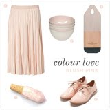 COLOUR LOVE POSTS
