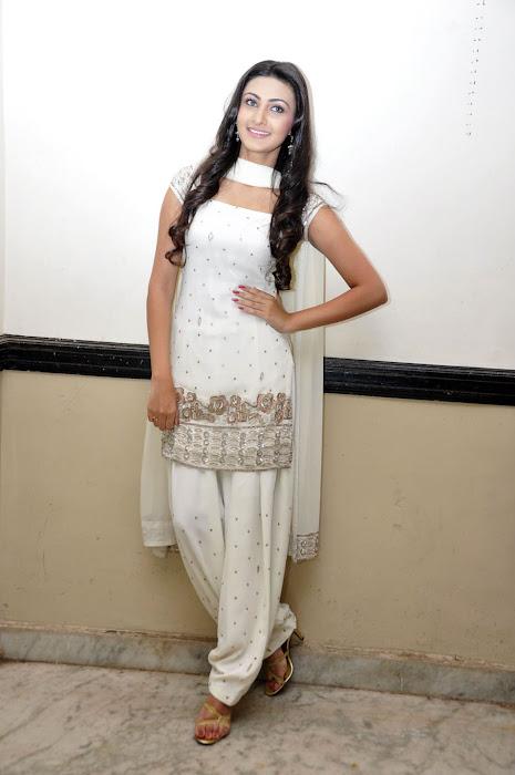 neelam upadhyay glamour  images