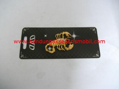 Emblem Scorpio Berlian Gold