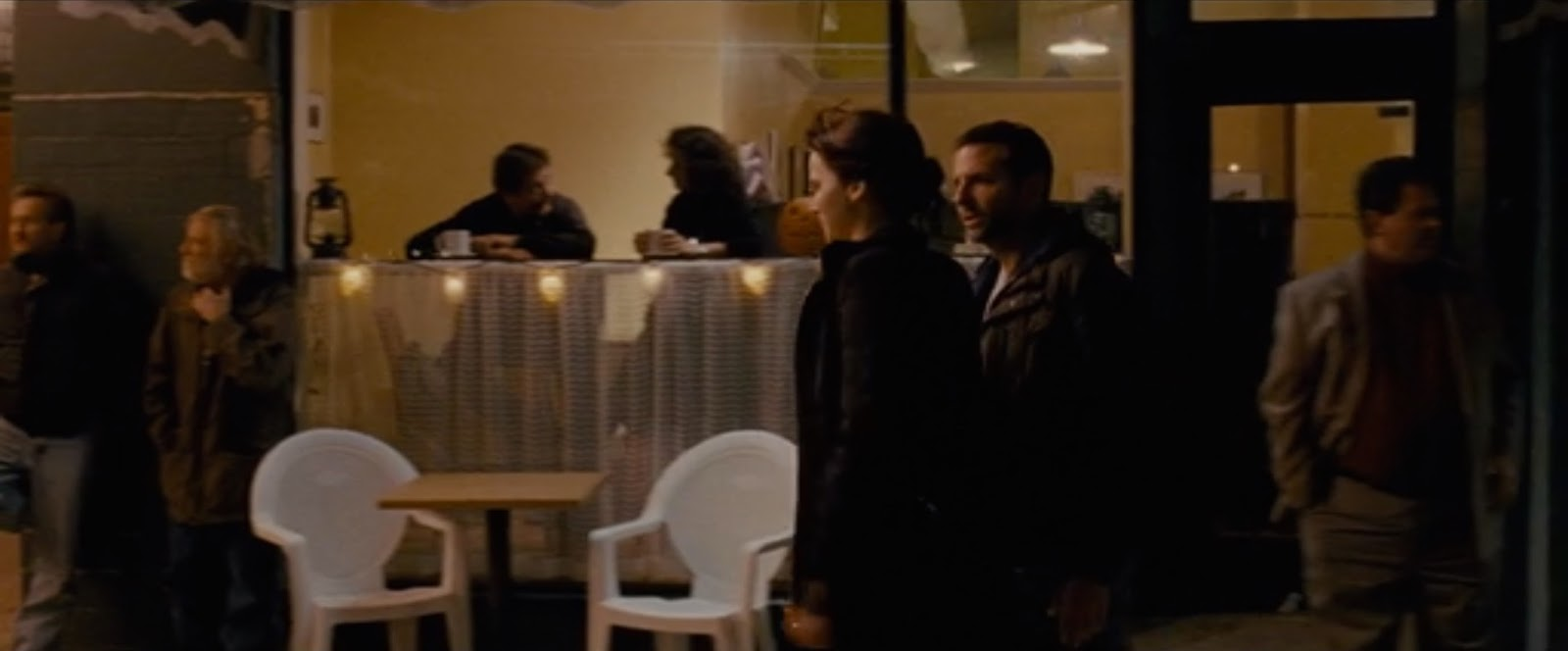 scene analysis of pat and tiffany in silver linings playbook a by david o russell An adaptation of the 2008 matthew quick novel, david o russell's silver linings playbook has already picked up numerous accolades, including the rare achievement of being nominated in all four .