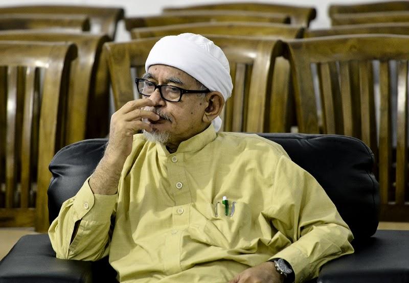 Broker Barua Curi 2 Adun PAS Tandatangan SD Sokong Wan Azizah Haji Hadi