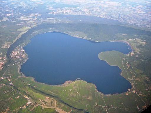 Danau Vico