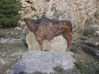 Bisonte en piedra María de Huerva