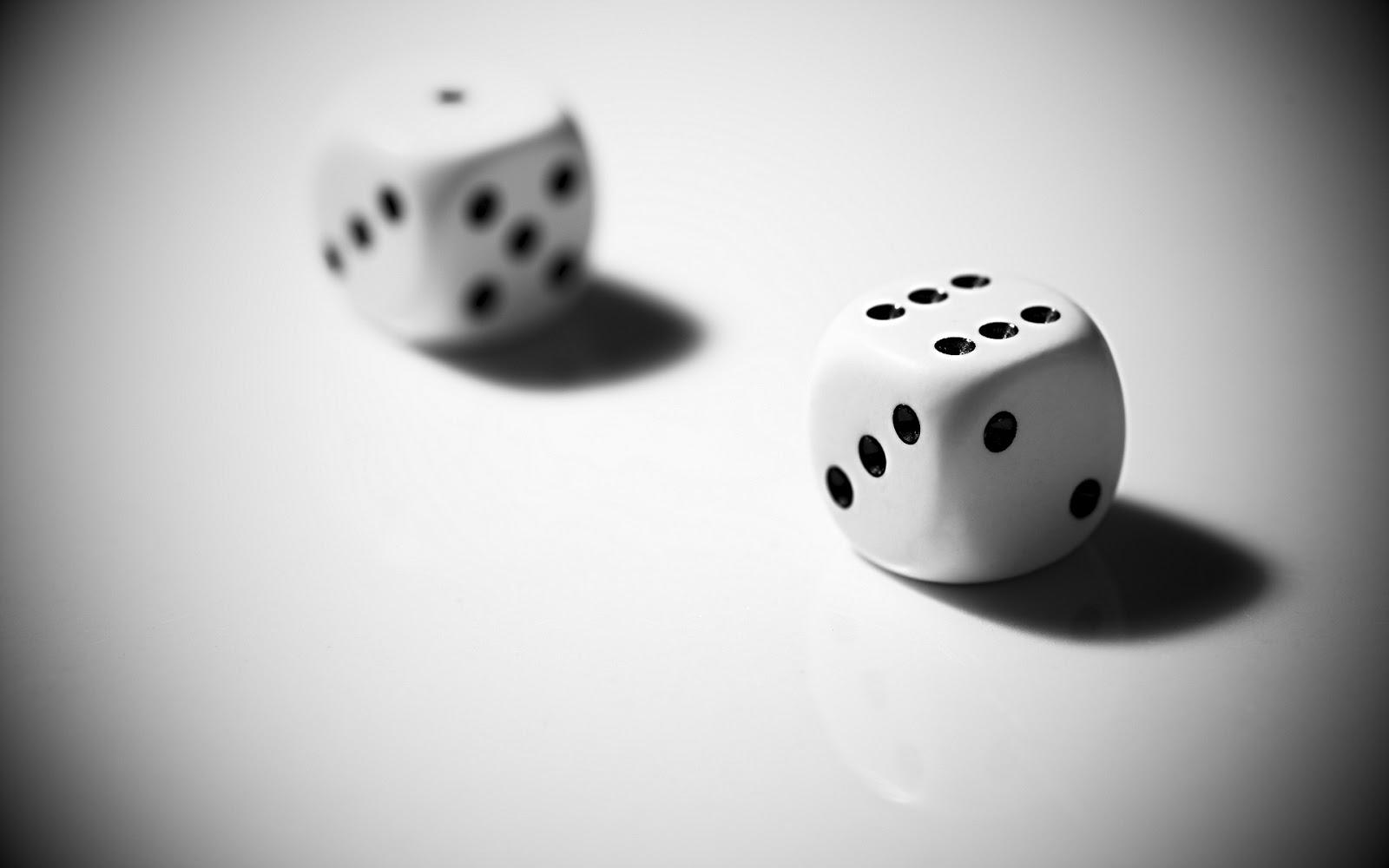 http://4.bp.blogspot.com/-Yd-p4SxjSCA/UQv5nf2I5eI/AAAAAAAAARo/JGqfjeALN3c/s1600/dice+black+and+white+picture.jpg