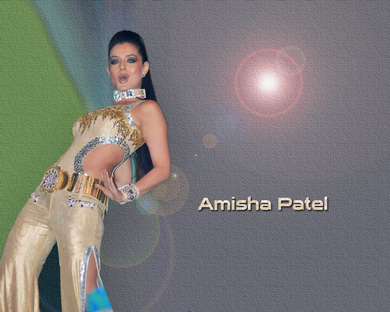 Masti With Sytle: Amisha Patel Wallpapers Gallery