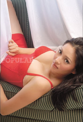 Popular Magazine, Dwi Putrantiwi, artist of indonesia, Models, movie,