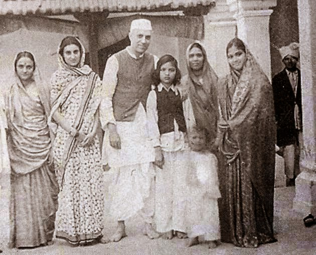 nehru mama Jawahar lal nehru's birthday on 14 november is celebrated all over india as childrens day he was the loved by all the children, who gave him name of 'chacha nehru.
