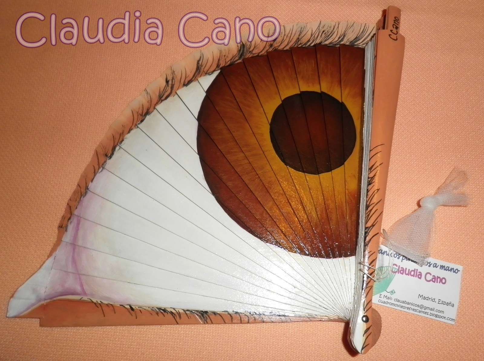 Abanicos pintados a mano por claudia cano abril 2012 - Abanicos pintados a mano originales ...