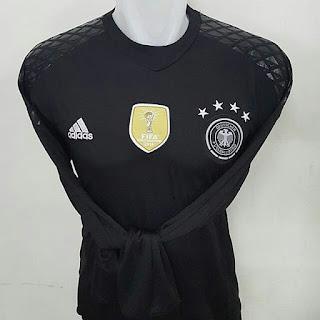 gambar desain terbaru jersey euro 20 16 timnas jerman foto photo kamera Jersey kiper Timnas Jerman terbaru Adidas Euro 2016 di enkosa sport toko online terpercaya lokasi di jakarta pasar tanah abang