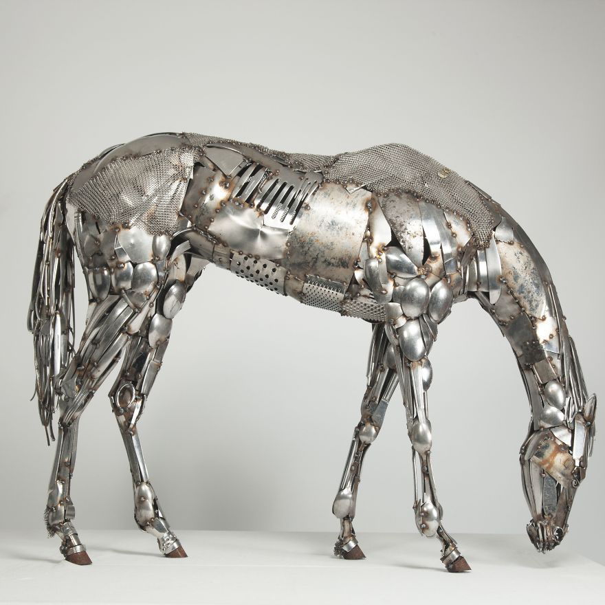 Realistic splendid welding art made from scrap metal