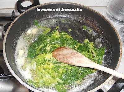 La cucina di antonella orecchiette alle cime di rapa - La cucina di antonella ...