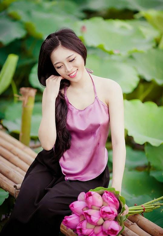 Girl xinh với áo yếm xưa 13