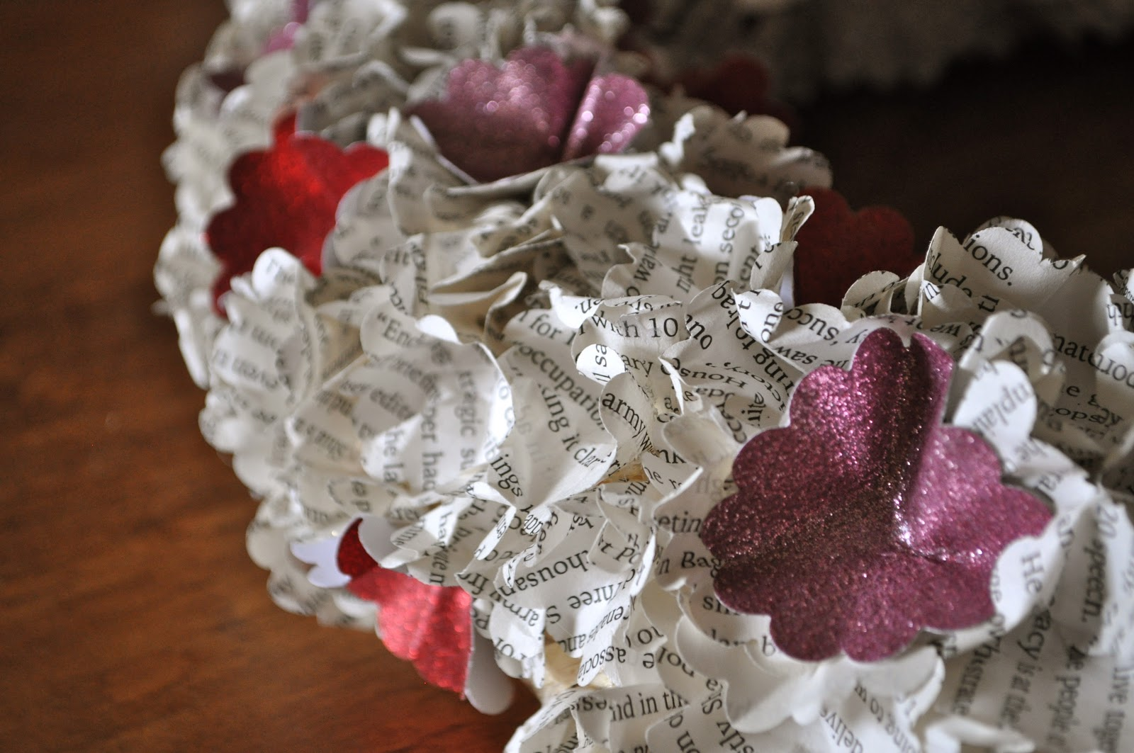 how to put a letter on a wreath