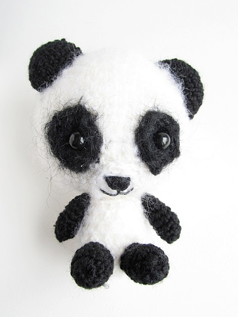 Amigurumi Cupcake Free Pattern : {Amigurumi Miku the Panda Pattern} - Little Things Blogged