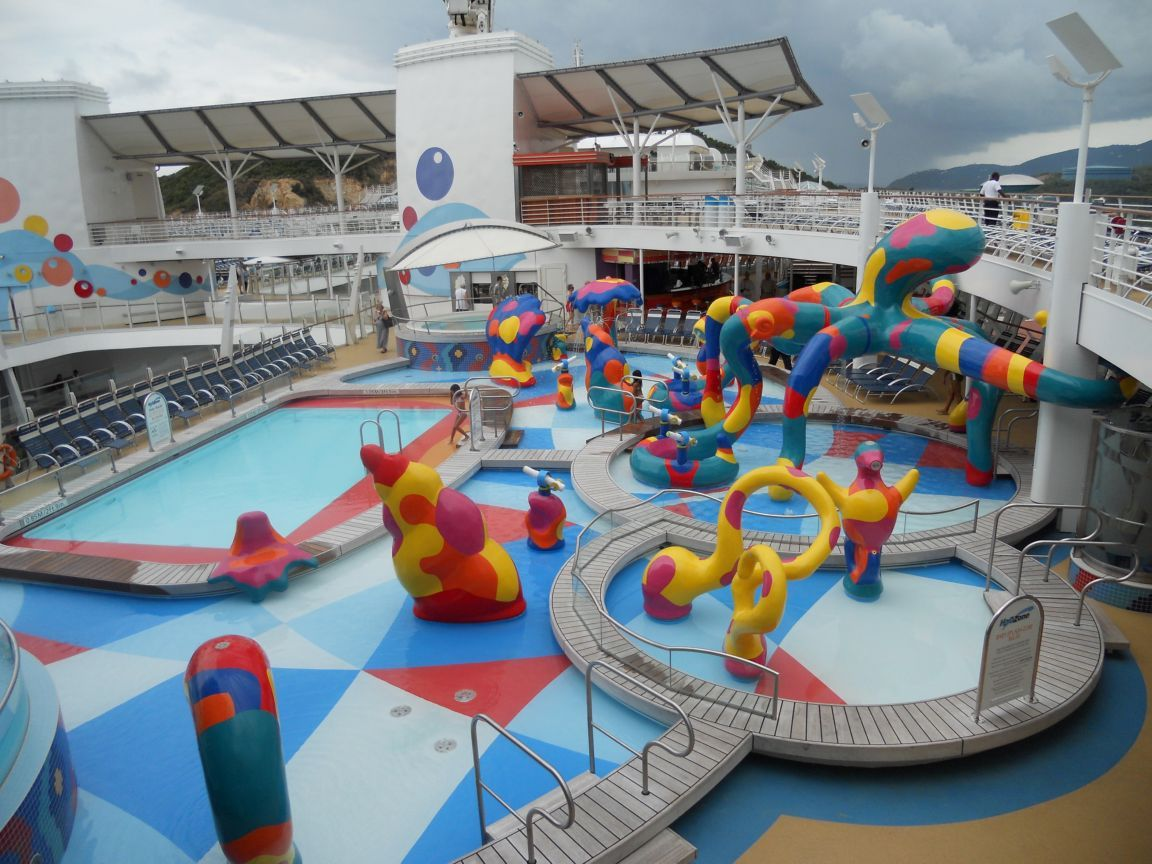 Oasis Of The Seas Childrens Pool On Oasis Of The Seas Oasis Of The Seas Royal Caribbean