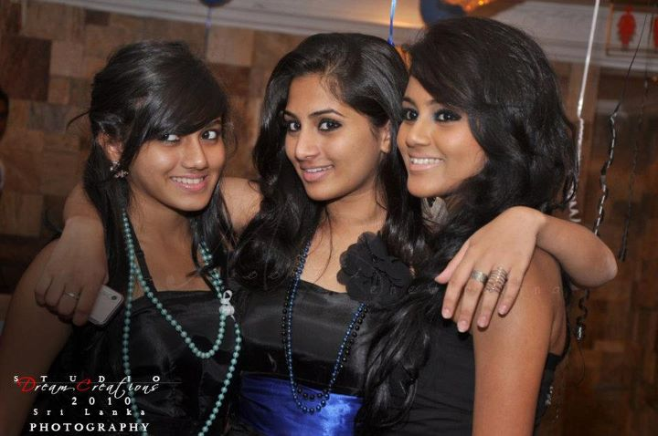 Shalani Tharaka 21st Birthday Party Photos