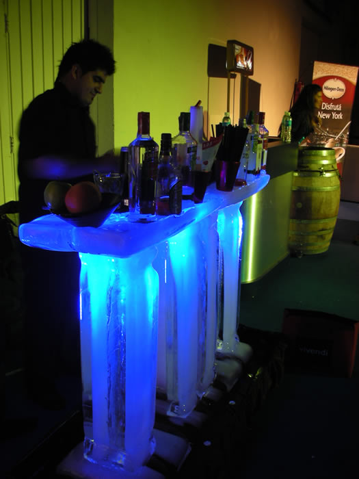 A b en el turismo servicio de bar para todo tipo de evento for Modelos de barras de bar