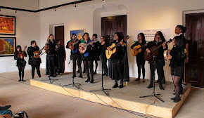 Festejan a las madres xalapeñas con concierto de la Tuna Femenil de la Universidad Veracruzana
