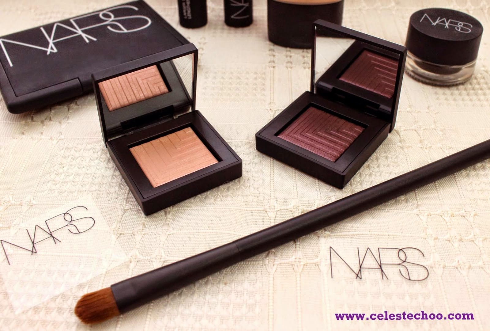 top-eye-makeup-nars-eye-paint-dual-eyeshadow