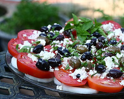 Tomato Platter with Olives & Feta, another Pretty Way to Serve Tomatoes @ AVeggieVenture.com.