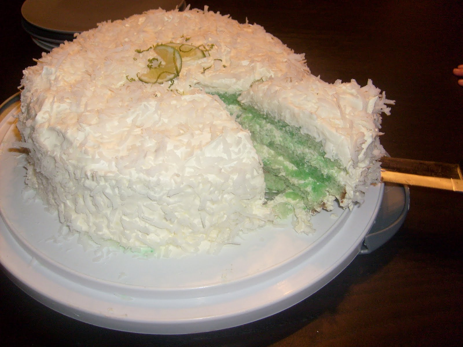 Lindsey's Kitchen: Coconut Lime Cake