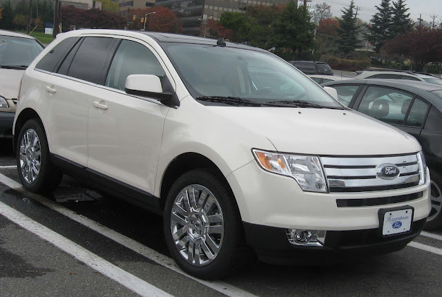 White Ford Edge Sport