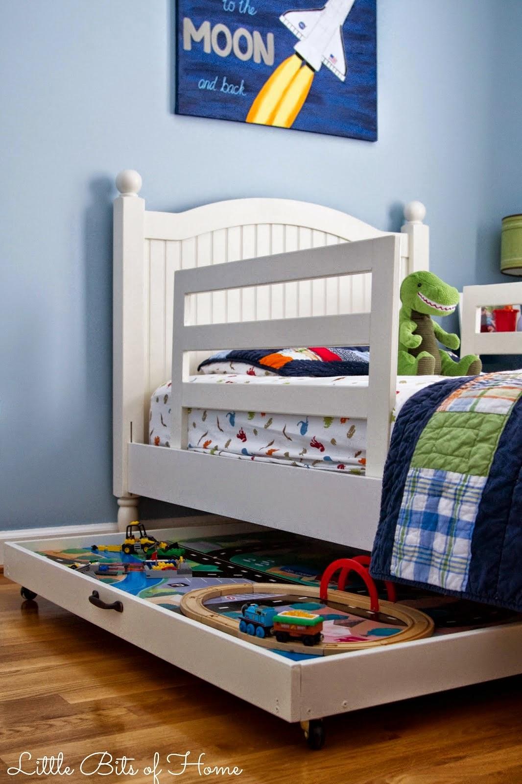 Rollbares Spielbrett für das Kinderzimmer - ein leichter Selbermachen-Tipp