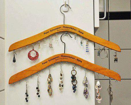 Rerecicla colgador de aros joyas for Colgadores de madera