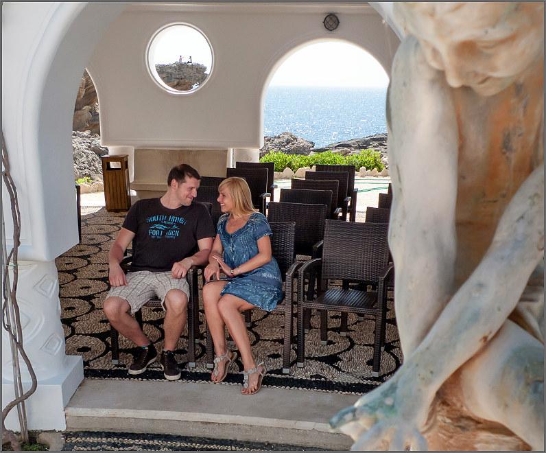 romantiškos poros nuotraukos graikijoje