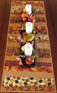 Fall table runner using wonky cut strippy pattern
