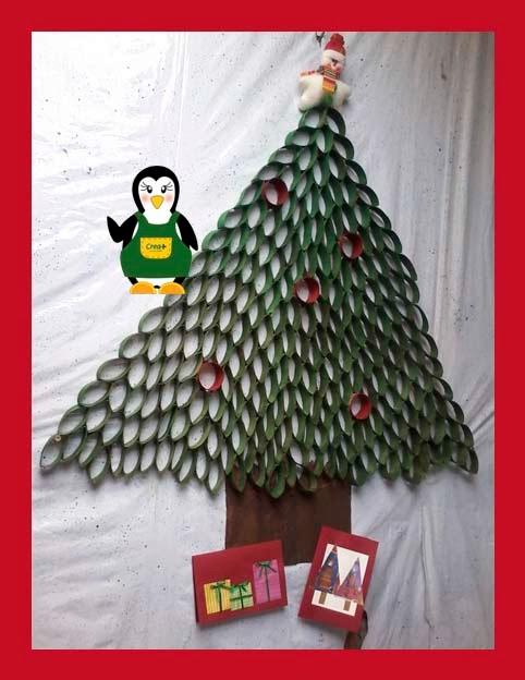 Creamas manualidades arbol de navidad con tubos de papel - Arbol de papel manualidades ...