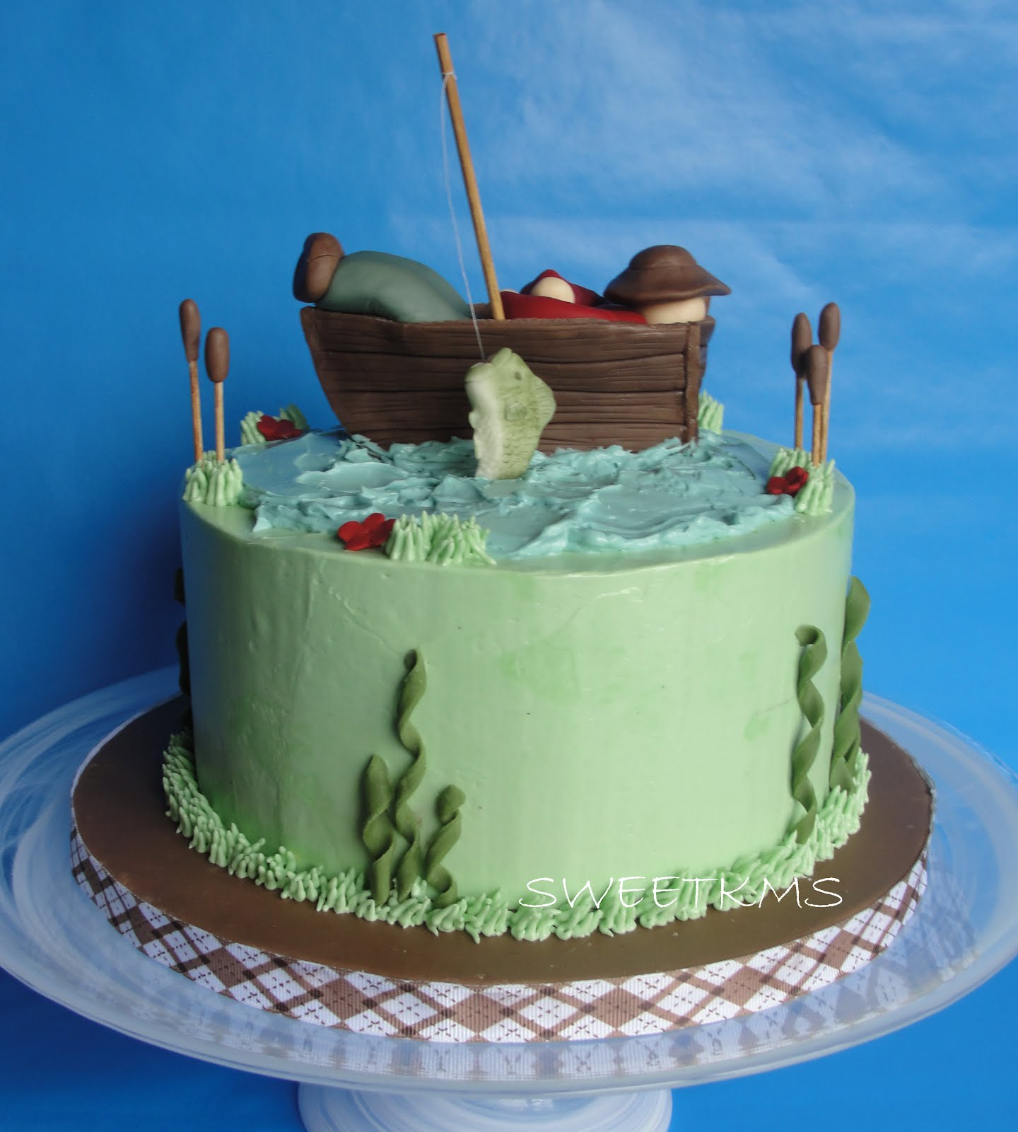 Sweet fishing cake for Fishing cake ideas