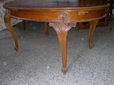 http://4.bp.blogspot.com/-YgGhoeA2IxI/Tgkbg0OLP3I/AAAAAAAAAlo/-QUCq_4o8Nk/s1600/www.restaurarmuebles.es+mesa+1.JPG