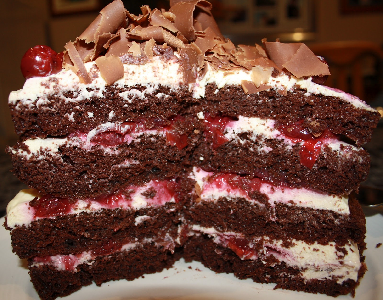 Black Forest Cake Big Images : Xx emazingly sweet xX: Recipe: Black Forest Chocolate ...