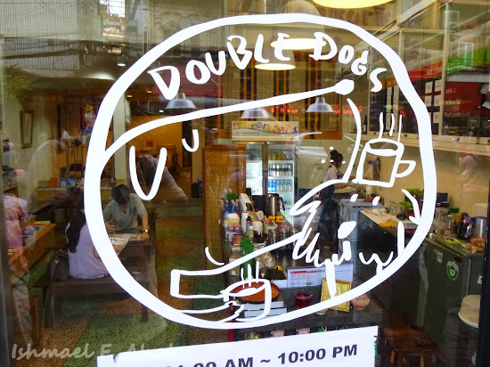 Double Dogs Tea Room at Bangkok Chinatown