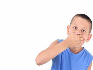 Atasi Bau Mulut Anak, Kenali Penyebab bau mulut