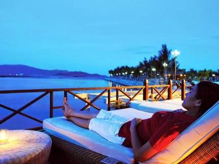 view vịnh Kim Cương