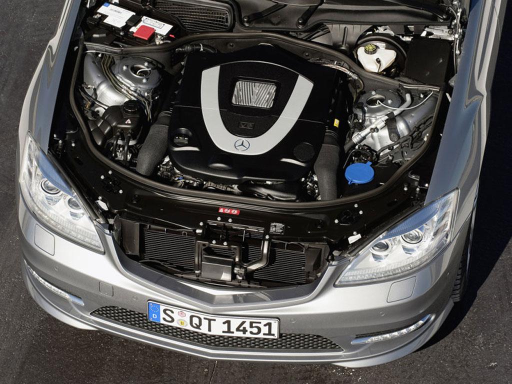 World automotive center mercedes benz s600 twin turbo for Mercedes benz v12 twin turbo