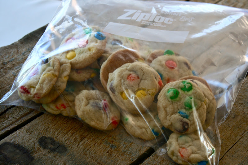 robbi s m amp m cookies makes 5 to 6 dozen