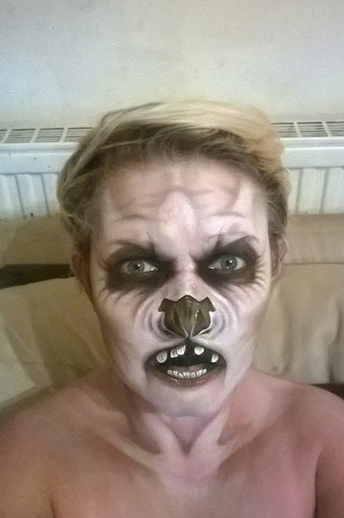 08-Nikki-Shelley-Halloween-Changing-Faces-Body-Paint-www-designstack-co