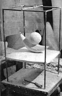 Bola suspendida de Giacometti