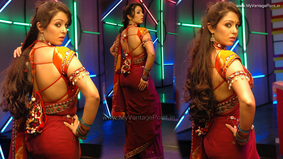 Charmi Kaur sexy back in red saree, Charmi Kaur back in red saree, Charmi Kaur nosering, Charmi Kaur hottest pics in saree, Charmi Kaur figure in saree