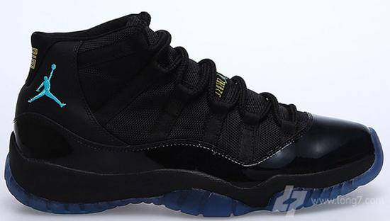 Jordan 11 Blackout