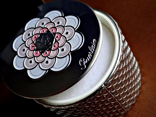 Guerlain Météorites Perles Powder For The Face in Medium 03 Guerlain Spring 2014