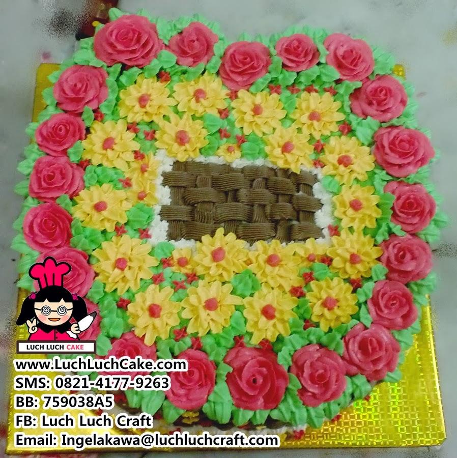 Kue Tart Mawar Taman Bunga Cantik Daerah Surabaya Sidoarjo